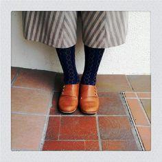 只今、店の方では、明日からのogg labo展の絶賛準備中です。何時に終わるかな……? 昨日のブログで、ちらりお見せした靴に、いろいろ反応いただいておりますので、(ogg laboさんにも「可愛い!」と言われてます♡)今日はしっ