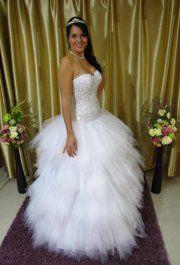 Jázmin esküvői ruhánk