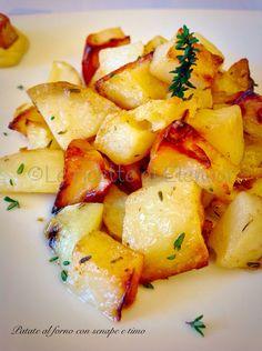 Gustose patate al forno insaporite da un mix di olio evo e senape e foglioline di timo. Leggere ma molto gustose!