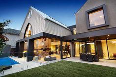 Love this: contemporary exterior by Bagnato Architects