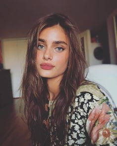Picture of Taylor Marie Hill Taylor Marie Hill, Taylor Hill Style, Taylor Hill Hair, Modelos Da Victoria's Secret, Pretty People, Beautiful People, Man Photo, Pretty Face, Makeup Looks