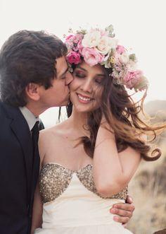 Utah wedding with BHLDN dress | Alixann Loosle Photography via Wedding Sparrow