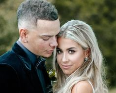 Country-western music sensation, Kane Brown, was touring across the U. while his girlfriend, Katelyn Jae, was fast asleep at her family's home. Cute Country Couples, Cute N Country, Country Prom, Country Men, Country Living, Country Music Stars, Country Singers, Country Artists, Kane Brown Songs