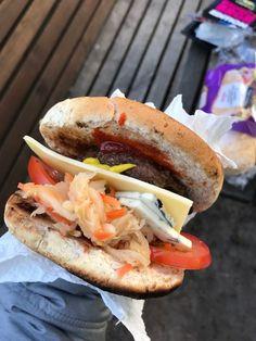 Self made kimchi burger sneakers. Kimchi Burger, Hamburger, Sneakers, Ethnic Recipes, Food, Tennis, Slippers, Essen, Sneaker