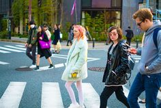 dodie looks so cool pinterest: @ashlin1025 look at that cute couple in the background:3