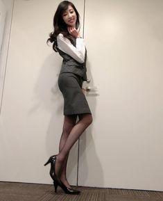 Beautiful Asian Women, Beautiful Legs, Beautiful Dresses, Scarf Shirt, Renaissance Clothing, Black Stockings, Korea Fashion, Office Ladies, Office Fashion