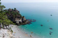 Deux semaines en Bretagne : le Finistère à vélo - Blog voyage Explore, Water, Outdoor, Beautiful, Trips, Turquoise, France Travel, Ile De France, Ride Or Die