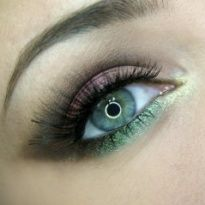Hints of Green  Makeup Geek