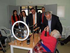 """El alcalde agradece el trabajo de todas las personas que """"se dedican a diario a mejorar la vida de nuestros mayores"""" - 45600mgzn"""