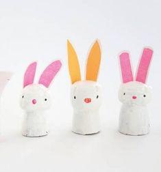 Easy DIY wine cork bunnies - Easter craft for kids // Parafadugó nyuszi - kreatív húsvéti ötlet gyerekeknek // Mindy - craft tutorial collection // #crafts #DIY #craftTutorial #tutorial
