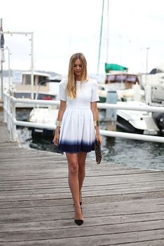 white with a touch of navy (ombre)