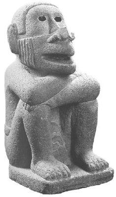 Escultura de piedra reproduciendo a un mono                                                                                                                                                                                 Más