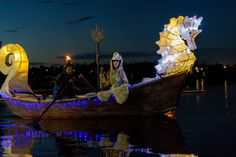 The King of Summer's Bride sailed off after accepting the King of Summer hand in marriage and autumn/fall begins. Story by Fremont Arts Council. The Kings Of Summer, Fall Begins, Parade 2016, Autumnal Equinox, Spring Time, Statue Of Liberty, Lanterns, Sailing, Places