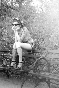 I'm in the mood fora retro, corky Photoshoot