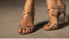Dan, Sandals, Elegant, Shoes, Fashion, Classy, Moda, Shoes Sandals, Chic
