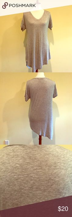 """Heather Gray V Neck Tee with Asymmetrical Hem Soft Heather Gray Tee. Boutique, never worn, New in Package. Measurements--Large--Length from back to longest part of hem 34"""". Armpit to Armpit 21""""-. Natural Waist line 17"""". LA Teez Tops Tees - Short Sleeve"""