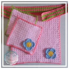 Little Flower Apron Set - Free Pattern by Creative Crochet Workshop for The Stitchin' Mommy | www.thestitchinmommy.com