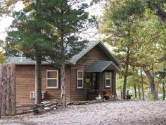 Can-U-Canoe Riverview Romantic Honeymoon Cabin with River View. Arkansas