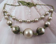 Vintage Necklace, Pearl Necklace, Wedding Necklace for Brides, Bronze, Vintage Style Jewellery, Gift for Her, Blush Pink, Colored Wedding Dresses, Wedding Gowns, Lace Wedding, 2017 Wedding, Mermaid Wedding, Elegant Wedding, Rustic Wedding, Wedding Ideas, Bridesmaid Earrings