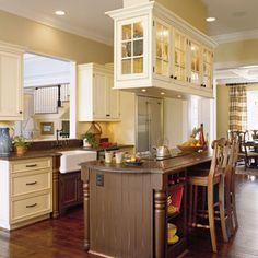 Kitchen Inspiration: Antique-White Kitchen < Kitchen Inspiration - Southern Living Mobile