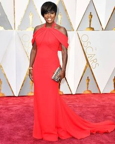 """Ok,can we take a moment and talk about Viola Davis and her amazing personality? """"What kind of stories do you want to tell,Viola?"""" Well,you told us enoughalready. If you don't kno…"""