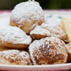Poffertjes Recipe Dutch Mini Pancakes A traditional Dutch treat Dutch Recipes, Sweet Recipes, Amish Recipes, Flour Recipes, Poffertjes Recipe, Yummy Treats, Yummy Food, Mini Pancakes, Complete Recipe