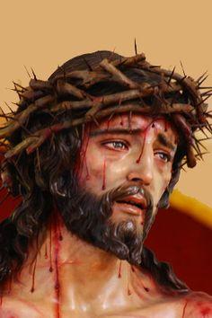 No me mueve mi Dios, para quererte, el cielo que me tienes prometido. Ni me mueve el infierno tan temido, para dejar por eso de ofenderte. Tu me mueves ,mi Dios, mueveme el verte, clavado en esa cruz y escarnecido . Mueveme el ver tu cuerpo tan herido, muevenme tus angustias y tu muerte. Mueveme , tu Amor de tal manera, que aunque no hubiera cielo yo te amara y aunque no hubiera infierno te temiera.
