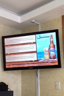 Twitter and Facebook integración in Digital Signage
