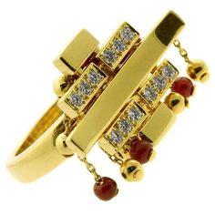 Cartier Le Baiser du Dragon Ruby Diamond Gold Ring   1stdibs.com