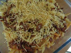 Bijna te makkelijk om het een recept te noemen, maar wel lekker op z'n tijd; Kapsalon! http://etenmetroos.nl/kapsalon/
