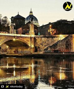 Fiume Tevere uno Specchio di Notte  River Tevere a Mirror by Night  Roma #photobydperry  #Repost @nikontoday with @repostapp  Photo by @david_r_perry Congratulations!  Selected by  @nurpksz  Follow  @objektifimizden  Follow  @nikontoday  Follow  @canontoday  Tag  #objektifimizden  Tag  #nikontoday Tag  #canontoday