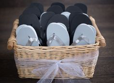 bulk flip flops for wedding reception - Wedding Decor Ideas