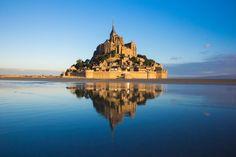 De #Paris ao Mont St Michel: pegue um trem a Rennes ou Pontorson, e de lá um ônibus ao #MontStMichel.