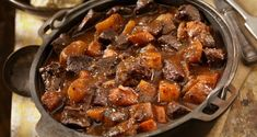 Osso Bucco Slow Cooker, Food Network, Chefs, Slow Cooker Recipes, Crockpot Recipes, Beef Shank Recipe, Osso Buco Recipe, Risotto Milanese, Classic Italian Dishes