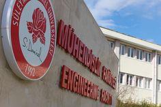 SDÜ 'Elektromobil' İle Ödül Aldı Süleyman Demirel Üniversitesi (SDÜ) Alternatif Enerjili Araç Topluluğu'nun geliştirdiği 'Elektromobil', Alternatif Enerjili Araç Yarışları'nda beşinci oldu.  TÜBİTAK Bilim ve Toplum Daire Başkanlığı tarafından... http://www.enerjicihaber.com/news.php?id=1828