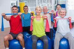 Não são poucos os benefícios já comprovados para os idosos que se dedicam à prática de exercícios físicos. Leia a matéria e saiba mais. #PósEaD #atividadefísica #gruposespeciais #pósgraduaçãoredentor