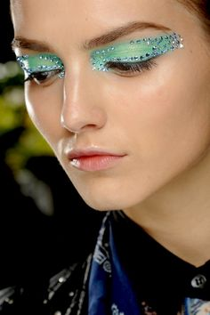 Special Koko - Make-up, beauty & fashion!: Dior Spring/Summer 2013 Make-up - Techno Butterflies Artist Makeup, Makeup Art, Makeup Ideas, Eyeliner Makeup, Makeup Trends, Pat Mcgrath, Christian Dior Makeup, Make Do, Summer Eye Makeup