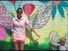 A time lapse video from Caroline Simas painting #GratitudeGardenStories mural in Fort Mill, SC with Chroma Mural Paint.  Visit www.chromaonline.com to learn more about Chroma Mural Paint, and visit www.multipleblessings.com to learn more about Caroline's art!