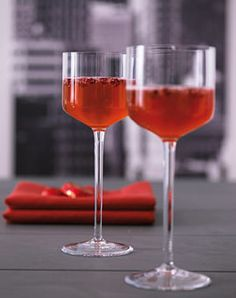 Champagner mit Granatapfel - Rezepte - [LIVING AT HOME]