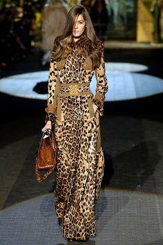 Ibiza Fashion, Fashion Tag, Fashion Show, Womens Fashion, Leopard Outfits, Leopard Clothes, Motif Leopard, Vivienne Westwood Anglomania, Animal Fashion