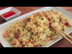 Arroz Chino Frito - Cómo hacer Arroz Tres Delicias - YouTube Other Recipes, Rice Recipes, Asian Recipes, Mexican Food Recipes, Ethnic Recipes, Easy Cooking, Cooking Recipes, My Favorite Food, Favorite Recipes