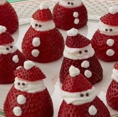 Mini strawberry santas you can easily make these little santas as a holiday dessert yourself all you need are strawberries whipped cream and some chocolate sprinkles your kids will love these yummy treats and can help put them together Christmas Desserts Easy, Christmas Party Food, Xmas Food, Christmas Brunch, Christmas Appetizers, Christmas Breakfast, Christmas Sweets, Christmas Cooking, Candy Cane Christmas