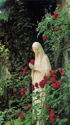 Holy Mary, Mother of God, pray for us. Mary I, Holy Mary, Blessed Mother Mary, Blessed Virgin Mary, Catholic Art, Religious Art, Jean 3 16, Madonna, Marian Garden