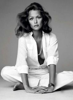 Lauren Hutton #celebrity #celebrities - Carefully selected by GORGONIA www.gorgonia.it