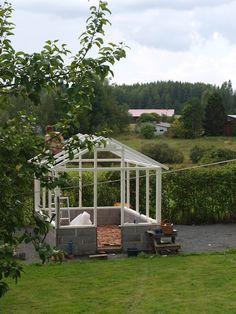Lifestyleblogi jossa remontoidaan, herkutellaan ja eletään normaalia arkea kesämökillä ja vanhassa talossa. Backyard Greenhouse, Romantic Cottage, Terrace, Lifestyle, Home, Dreams, Lawn And Garden, Balcony, Patio
