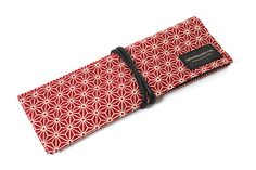 So cute!  Saki P-661 Roll Pen Case with Traditional Japanese Fabric