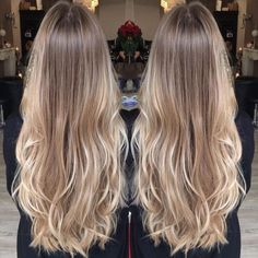 Golden Blonde Balayage for Straight Hair - Honey Blonde Hair Inspiration - The Trending Hairstyle Blonde Hair Looks, Honey Blonde Hair, Blonde Hair From Brown, Blond Hair Colors, Beige Hair Color, Long Blonde Curly Hair, Blonde Wig, Short Blonde, Wavy Hair