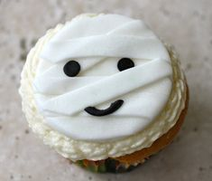 Cute and Chic Halloween Party Style for Adults