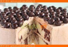 Mramorová bodkovaná torta