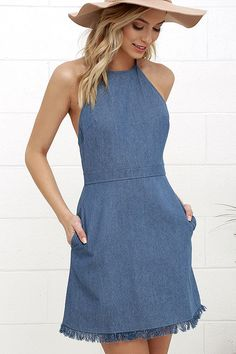 Pick the perfect spot in the park to show off the Sunny Spot Blue Chambray Halter Dress! A tying halter neckline tops off this adorable chambray dress with a frayed hem. Cute Blue Dresses, Black Dress Outfits, Pretty Dresses, Lulu's Dresses, White Fashion, Denim Fashion, Fashion Outfits, Halter Tops, Halter Neck